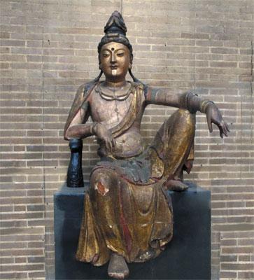 水月观音木雕坐像
